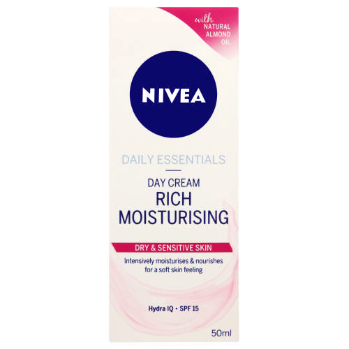 Daily Essentials Rich Moisturising Day Cream 50ml