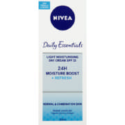 Daily Essentials SPF15 Light Moisturising Day Cream 50ml